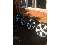 20inch Kahn Alloys with tyres