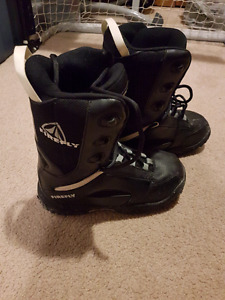 Firefly Snowboarding Boots- Size 6
