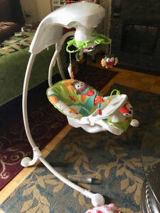 Fisher Price Woodland Friends Cradle'n swing