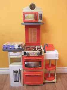 NEW LITTLE TIKES COOK N STORE KITCHEN PLAYSET