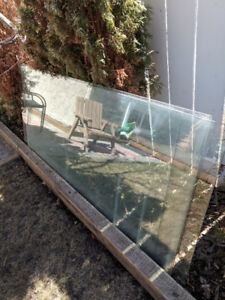 Patio Rail Glass - Safety Glass - 4 Pieces 20 ea