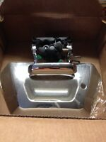 Chevy avalanche tailgate handle