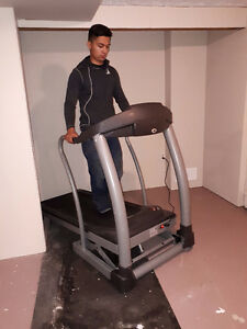 Treadmill - with incline-