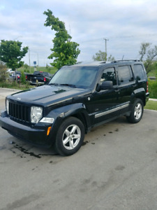 2009 Jeep Liberty // SOLD
