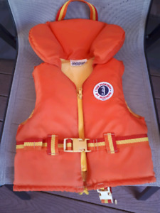 Mustang childs life jacket
