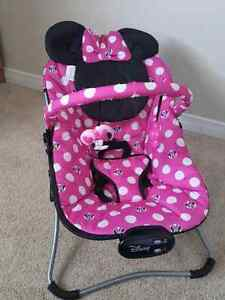 Minnie Mouse portable bouncer