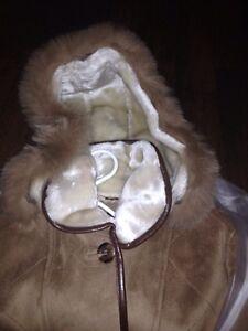 Gorgeous 3/4 length coat Real! London Ontario image 2