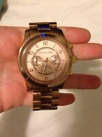 MICHAEL KORS OVERSIZED RUNWAY WATCH IN ROSE GOLD