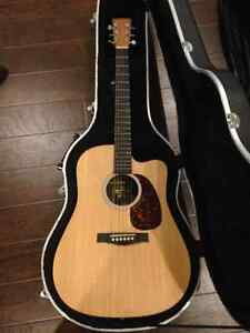 Martin Acoustic/Electric guitar with hardshell case