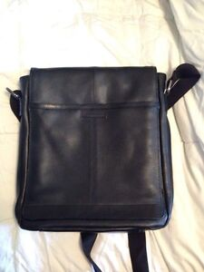 Perry Ellis leather shoulder bag