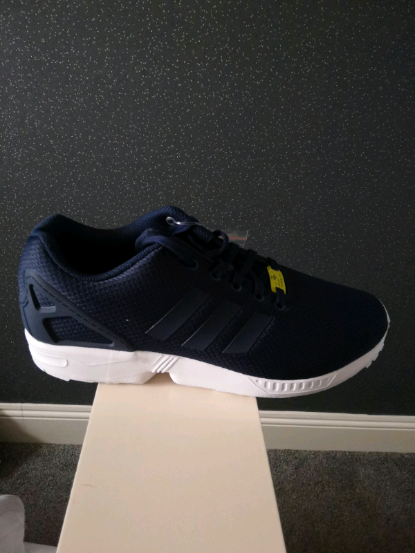 5c68dec96 Brand new adidas zx flux size9