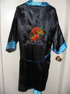 SATIN REVERSIBLE ASIAN ROBE
