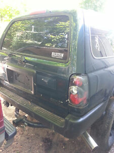 """1996 Toyota 4Runner 3.4L 4x4 3"""" Body + 3"""" Susp Lots of Parts Inc London Ontario image 5"""