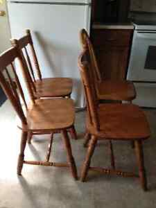 Hardwood chairs London Ontario image 2