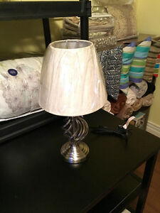 Brand new !! Beautiful night table lamp