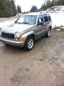 Jeep liberty V6, 134kms, full load, no accidents, clean suv