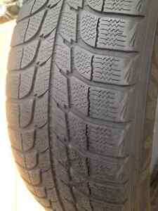 Set of 2 Michelin winter tires 215/70/17