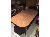 Laminate wood table