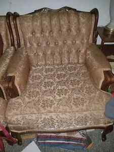 Antique couch with matching chair Kawartha Lakes Peterborough Area image 2