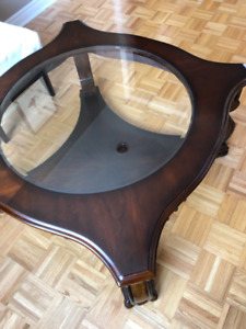 Coffee Table + Entry/Side Table + Vase - all 3 for $130