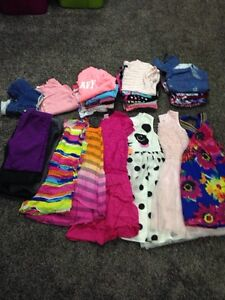 Girls clothes 33 Pieces
