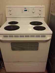 Stove in Orillia, good condition
