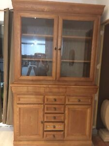 Solid timber wall unit 2 piece Brighton-le-sands Rockdale Area Preview