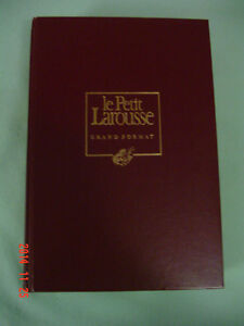 Dictionnaire Larousse grand format