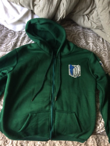 Attack On Titan Fleecy Hoodie (Large)