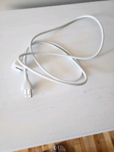 Macbook pro charger wall plugin accessory