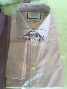 5 Mens BRAND NEW Non-Iron Dress Shirts with Bronze Collar Stays!