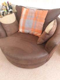 Barker & Stonehouse Swivel Chair