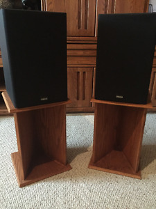Yamaha Speakers and Oak Speaker Stands
