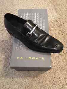 Men's brand name dress shoes in black from Nordstrom.