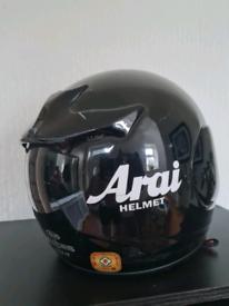 Arai axces crash helmet size L