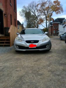 2010 Hyundai Genesis coupe 2.0L turbo