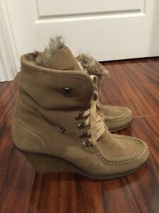 Aldo suede wedge boots - size 40 (9.5)