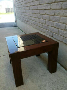 1 coffee table for sale ______________________________________