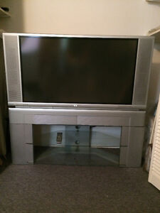 "Hitachi LCD Rear Projection 42"" TV"