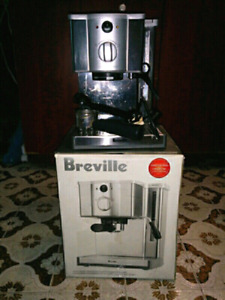 Breville espresso machine (cafe Roma)