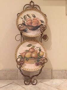 Decorative plates with plate stand