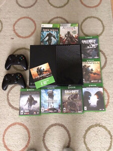 Xbox One 500GB Lots of games