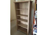 Bookcase/Bookshelf/Shelves