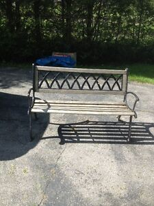 Cast iron bench buy or sell patio garden furniture in for Outdoor furniture kijiji
