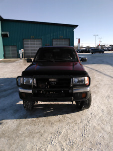 1999 Toyota Tacoma Bumper and Topper