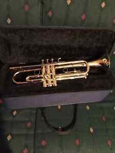 Getzen Trumpet in EXCELLENT condition for sale!