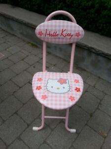 Hello Kitty Foldable Chair
