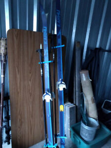 CROSS COUNTRY SKIS & Poles