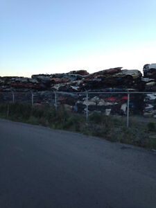 Achat d'autos et camions pour scrap/we buy cars&trucks for scrap