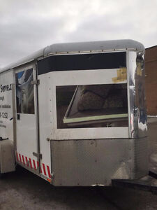 2010 6x10 Enclosed Trailer with V Nose and Barn Doors